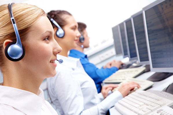 Call center agents using help desk software