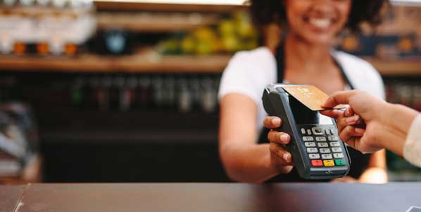 Customer paying with contactless card