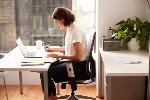 Women working in a clean office
