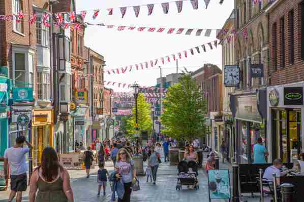 High Street shoppers in the UK