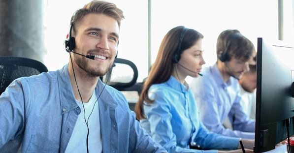 Customer service agent giving great service on phone