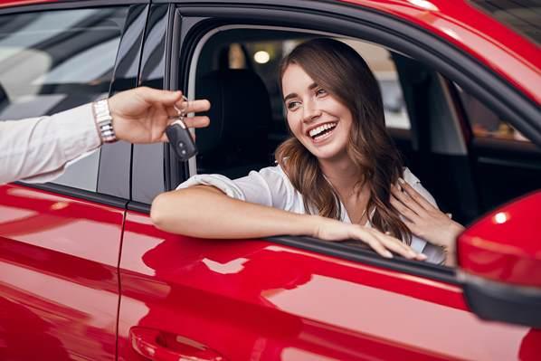 Auto buyer receiving first class customer service