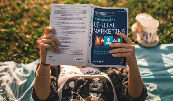 Digital Marketing student