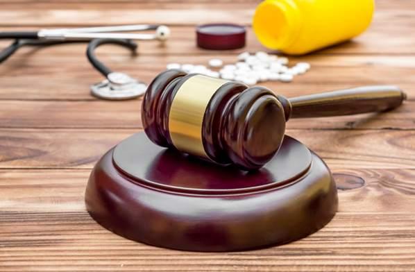 Lawsuit hammer