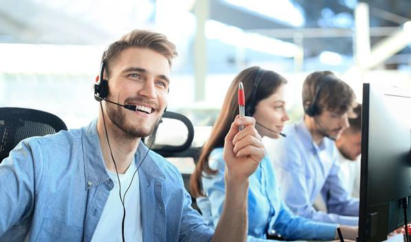 Call center agent working with ticketing system