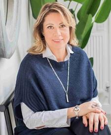 Caroline Walton, TieTa