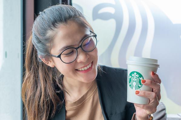 Customer's name on coffee cup