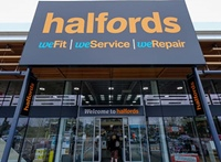 Halfords Deploys 8×8 SecurePay Powered by PCI Pal thumbnail
